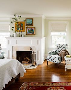 Ceilings are not exactly the main detail that you pay attention to when you first enter a house, but they do have a major impact in maintaining a sense of