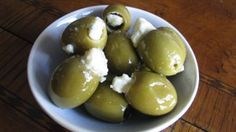 I love stuffed olives with gorgonzola cheese! Goes perfectly well in a martini or by itself. Finger Food Appetizers, Holiday Appetizers, Appetizer Dips, Appetizers For Party, Finger Foods, Appetizer Recipes, Snack Recipes, Snacks, Spiced Pecans