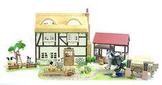 *fistuff* Sylvanian Families Decorated Highfield Farm House, Barn +++ HUGE SET