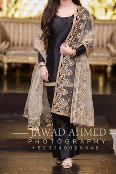 Pakistani Fancy Dresses, Beautiful Pakistani Dresses, Pakistani Fashion Party Wear, Pakistani Wedding Outfits, Pakistani Dress Design, Girls Frock Design, Fancy Dress Design, Bridal Dress Design, Stylish Dress Designs