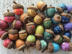 Natur Bull's Eye Studio Bridal Jewelry and The Dress We all know that when a bride to be has already Pinecone Crafts Kids, Acorn Crafts, Pine Cone Crafts, Autumn Crafts, Nature Crafts, Summer Crafts, Christmas Crafts To Make And Sell, Art For Kids, Crafts For Kids