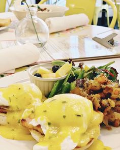 A Benny a day keeps the doctor away Brunch, Eggs, Breakfast, Kitchen, Food, Morning Coffee, Cooking, Kitchens, Essen