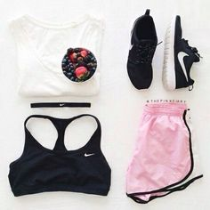 New Ideas For Sport Style Women Athletic Wear Legging Outfits, Sporty Outfits, Athletic Outfits, Athletic Wear, Cute Outfits, Loungewear Outfits, Athletic Clothes, Gym Outfits, Athletic Shoes