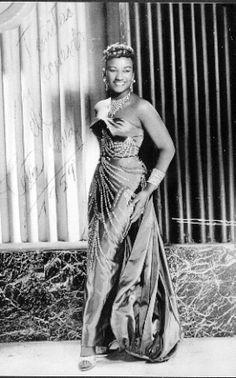 Celia Cruz  Real Name: Ursula Hilaria Celia Caridad Cruz Alfonso  Birth: Oct. 21, 1925 in  Santo Suarez, Cuba