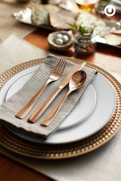 This flatware is pure gold. Rose gold, that is. And it'll add quite the festive touch to any holiday meal—whether it's a party of two or a party of 12.