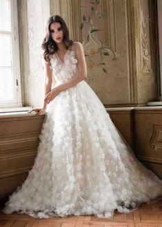 Tulle petal wedding gown,a-line wedding dress #weddingdress