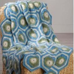 """Lasting Impression Lapghan ~ 35"""" x 45"""" ~ easy level ~ looks hard to do but isn't ~ circles and hexagons put together form a crazy pattern of shapes ~ FREE - CROCHET - LAPGHAN"""