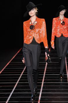 Giorgio Armani Fall 2012 Ready-to-Wear Fashion Show - Elena Egorova