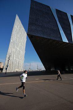 Building: Edificio Forum, Architects: Herzog & de Meuron. Barcelona