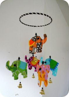 Cirkuselefant-Uro - DIY (Circus Elephant Mobile - DIY) | Lara Lil (in Danish) (with template)