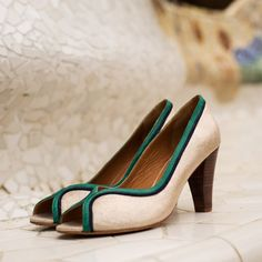 Women/'s Jelly Chaussures Bride Arrière Flip Flop été T-Strap Chrome Sandales Flats