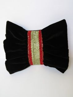 #Buy this #sexy #black #bow #clutchbag n rock the #party!
