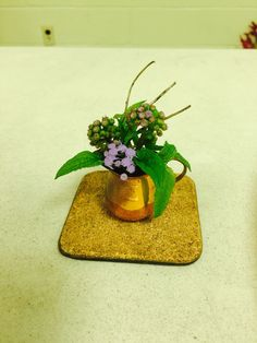 New Garden Club Journal: Delicate Diversions - miniature designs  5  floral design   flower arrangement
