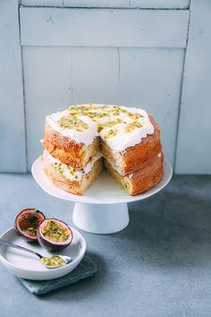 Spongecake - http://www.zuckerzimtundliebe.de/2016/06/rezept-backrezept-kuchenrezept-maracuja-kuchen-spongecake-suedaustralien-passion-fruit-sponge-layer-cake-tasting-australia-2016/