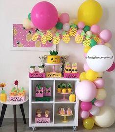 Que festinha mais fofa no tema Abacaxi 🍍🍍🍍 . Cumpleaños 🍍💓S O F I A 💓🍍 . Fruit Birthday, 2nd Birthday Party Themes, Flamingo Birthday, Flamingo Party, First Birthday Parties, Birthday Party Decorations, First Birthdays, Tropical Party, Montages