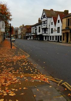 Salisbury, Wiltshire, England - My old dentists place in here - ahh I can smell it now, scary place! England And Scotland, England Uk, Salisbury Wiltshire, Reisen In Europa, Autumn Aesthetic, Autumn Cozy, Best Seasons, English Countryside, Fall Halloween