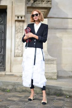Candela Novembre in Chanel - Paris Fashion Week Spring-Summer 2016 #PFW #StreetStyle