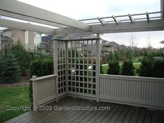 deck with privacy screen