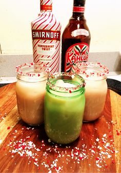 Peppermint White Russians: 1 part peppermint vodka 1 part peppermint kahlua 2 parts milk Jello Shot Recipes, Vodka Recipes, Alcohol Drink Recipes, Christmas Drinks Alcohol, Holiday Drinks, Holiday Recipes, Christmas Cocktails, Booze Drink, Fun Drinks