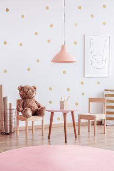 Puha, finom, igazán komfortos szőnyeg, mely a lakás bármely helyiségében elhelyezhető! 30 fokon mosógépben mosható. Pink Lamp, Price Plan, Banner Printing, Small Tables, Pastel Pink, Room Interior, Playroom, Kids Room, Indoor