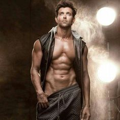 Hrithik Roshan is a man who needs no introduction. Being one of India's high profile celebrities with a career spanning 20 years in the glistening & glamorous world of Bollywood, he still doesn't cease to inspire us. #hrithikroshan #bollywoodcelebs #fitnessmotivation #fitnessaddict
