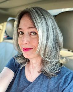 Long Silver Hair, Long Gray Hair, Old Hairstyles, Feathered Hairstyles, Grey Hair And Glasses, Damp Hair Styles, Long Hair Styles, Grey Hair Transformation, Grey Hair Styles For Women