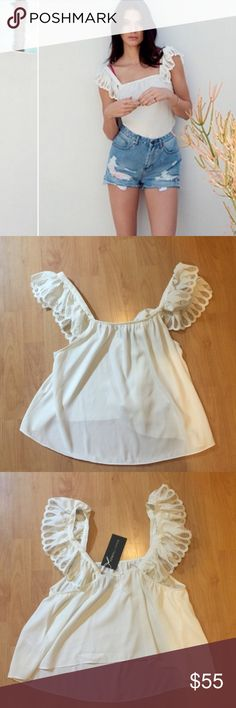 •Kendall + Kylie Top• Adorable Kendall & Kylie X Topshop Top in a cream color. Brand new with tags, never worn! 100 Polyester. Kendall & Kylie Tops Tank Tops