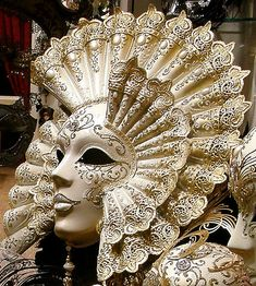 Venetian Mask,  Yup'ik masks could be small three-inch finger masks, but also ten-kilo masks hung from the ceiling or carried by several people.