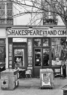 Shakespeare and Company, Quai de Montebello, Paris