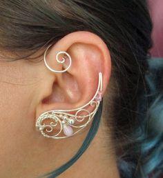 Ear cuff - Cartilage earring - Ear climber - Flower earrings - Bridal earrings - Earcuff - Gold ear cuff - Ear cuff no piercing - Ear wrap - Custom Jewelry Ideas Black Stud Earrings, Circle Earrings, Sterling Silver Earrings Studs, Heart Earrings, Crystal Earrings, Geode Jewelry, Ear Jewelry, Unique Jewelry, Three Ear Piercings