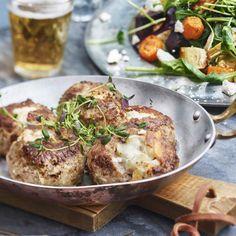 Lammfärsbiffar världens godaste vardagsmat, eller en fin festmiddag. En urgod rätt som passar till alla tillfällen.