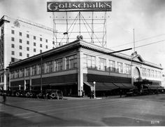 Gottschalk's store, pictured in the 1920s, at Fulton and Kern streets had an incredible 100,000 square feet of floor space.