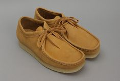 Wallabees - everyone who was ANYone wore these in junior high (early 70's)