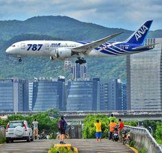 Cool Airplane.  ❤