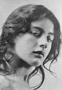 Siri Fischer • Untitled,1906