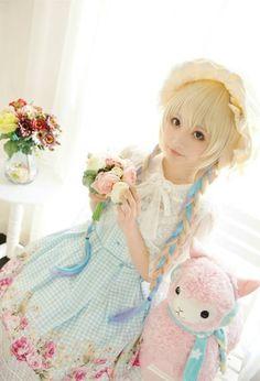 Lolita Girl / Cute Dress / Bonnet / Kawaii Japanese Fashion Photography / Cosplay // ♥ More at: https://www.pinterest.com/lDarkWonderland/