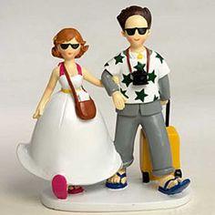 Para aquellos novios que no puedan esperar a empezar su luna de miel, una figura para la tarta de boda original y divertida