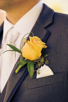Classic boutonniere with a colourful twist.