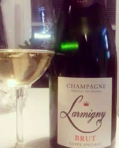 Enjoy It, White Wine, Wines, Alcoholic Drinks, Champagne, Day, Glass, Instagram, Drinkware