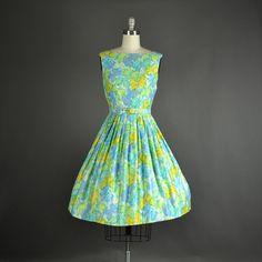 1950s Dress 50s Dress full skirt dress by NodtoModvintage on Etsy  Vintage Fashion