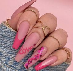 Make a different Valentine's Day nail art? We have prepared 60 valentine nail art styles for you to choose. Acrylic Nails Coffin Short, Summer Acrylic Nails, Best Acrylic Nails, Coffin Shape Nails, Aycrlic Nails, Swag Nails, Blush Nails, Glitter Nails, Valentine's Day Nail Designs
