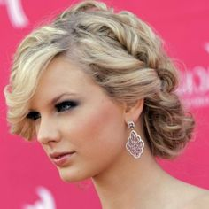 Show your pure gorgeous self with various hair updos that our professionals do.  #hairdos #hairstyles #hairdressers #hairartists  #buns  #hairbuns #braidedbuns #hairstylists #hairupdos #messybun Visit: http://www.monikasmakeoverclinic.com/hair.html