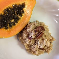 @alinoel_bbg in beautiful Hawaii shares her breakfast: Coach's Oats with maple syrup and pecans, plus a home grown papaya! Awesome! #coachsoats #oatmeal #breakfast