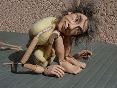 Les techniques de création et de fabrication de marionnettes, bustes habillés et poupées sculptées