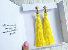 WEBSTA @ katy_tosh - •новый цвет, яркий как солнышко☀️ серьги были выполнены на заказ•_______________________TOSH_______________________#украшения #бижутерия #handmade #moda #мода #details #design #trend #style #sweet #jewelry #агат #серьгикисточки #серьгикистишелк #кисти #кисточки #tassel #tassels #сотуар #handmade #instabest #instastyle #instafashion