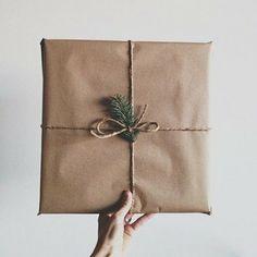 Es fácil, económico y natural. Una propuesta para envolver tus regalos esta navidad.