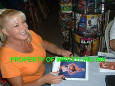 Luna Vachon. May she rest in peace.