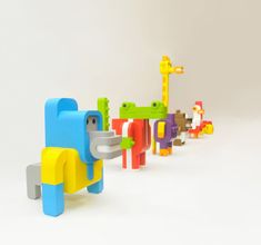 The collection of toys, nammed Minimals, designed by Sebastian Burga is based on primary colors and simple shapes. Winning the A 'Design Award in the category Design Toy, Game and Hobby 2012 – 2013, his creations, both playful and minimalist, are to be discovered in the article.