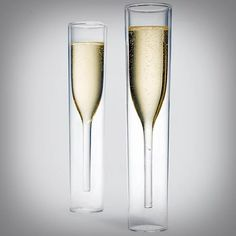 Be forever remembered as the person with the wickedly cool champagne glasses. Aside from their strikingly unique design, each glass incorporates a double barrier design that prevents your hand from heating up the champagne inside. Flute Champagne, Champagne Glasses, Sweet Champagne, Champagne Brunch, Wedding Champagne, Moma Store, Verre Design, Glass Design, In Vino Veritas