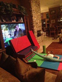 "Flexy Sophia (she is watching ""here comes Honey Boo Boo"")"